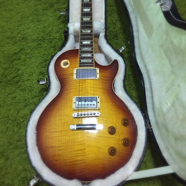 Reserve*** Place Your Offer - Gibson LP Standard