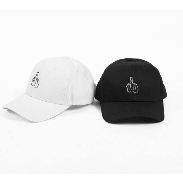 VANDAL 20150925 - 中指彎帽
