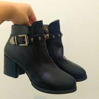 ❗️全新❗️黑色 短靴