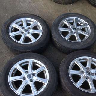 Sport Rim China With Tyre Year 2015x2/2012x2