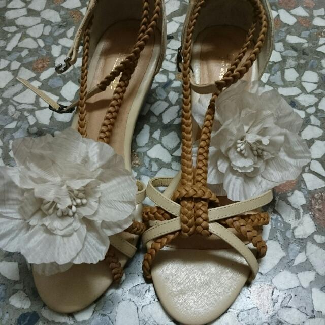 花朵編織涼鞋
