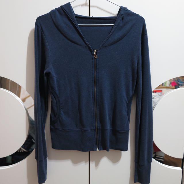 短版深藍外套