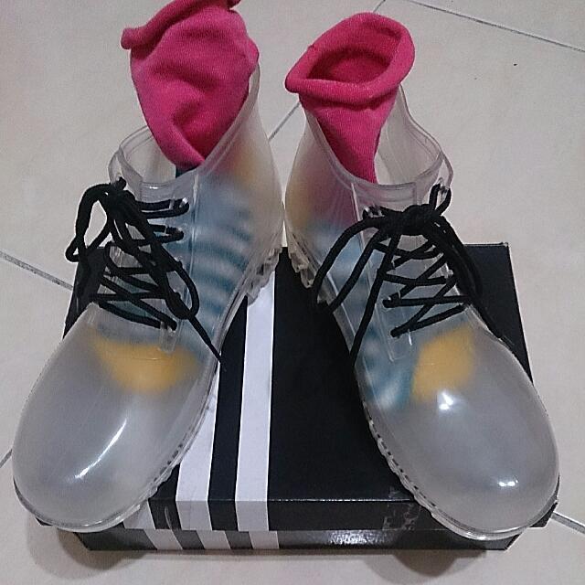 全新可愛😄😄😄透明果凍鞋👞👞👞