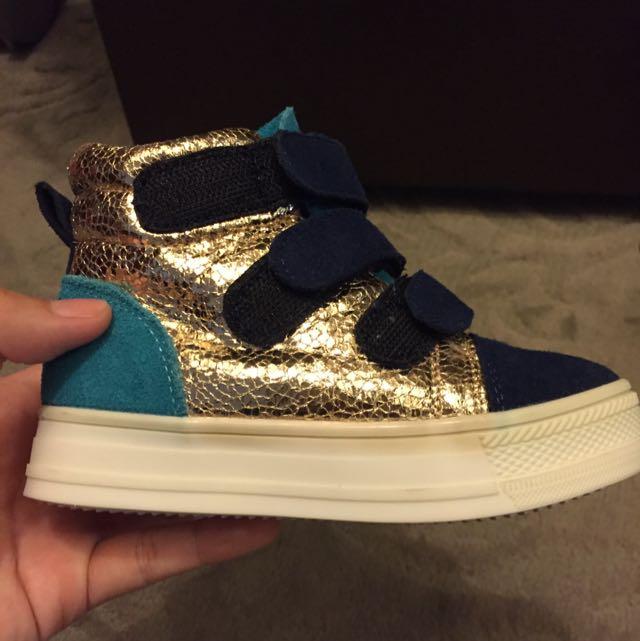 女孩鞋 八成新