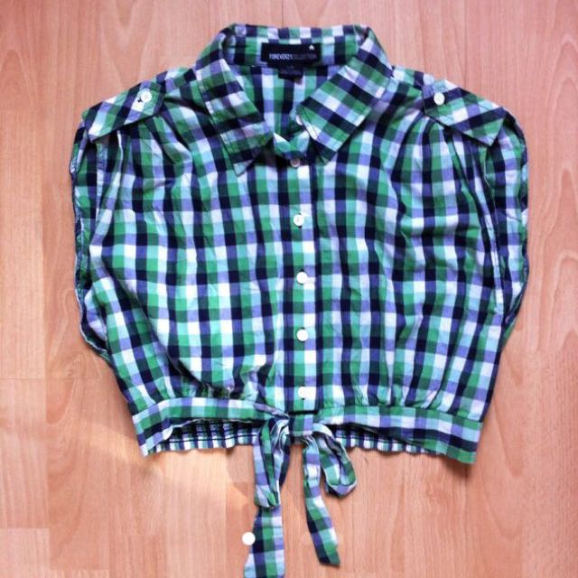 F21 GREEN CHECKERED TIE WAIST TOP