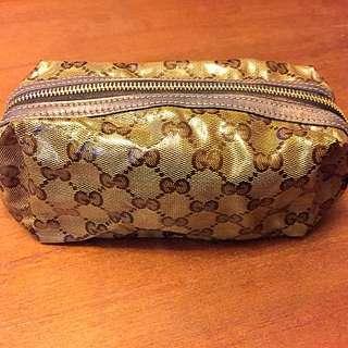 降降降!Gucci:防水PVC材質化妝包(大)。便宜賣❤️正品二手包。