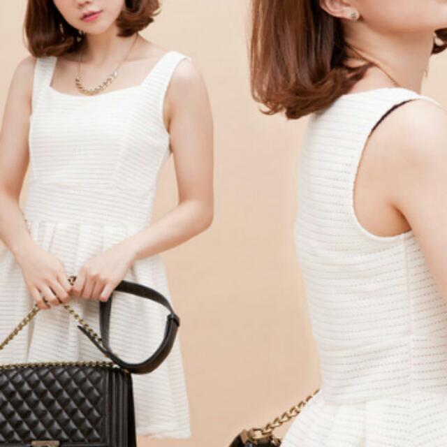 全白小洋裝