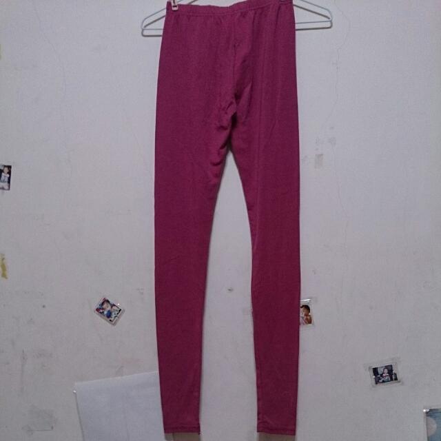 紫紅色內搭褲
