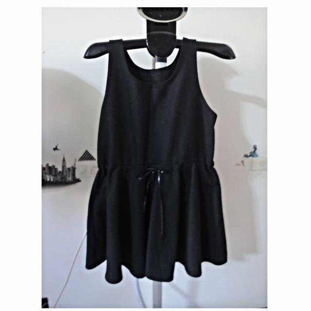 韓組 黑色毛呢洋裝
