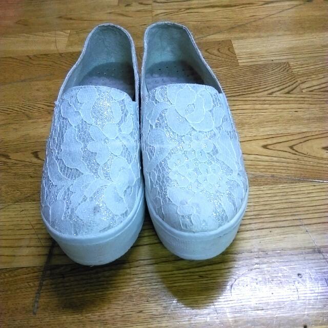 銀白色厚底懶人鞋~有蕾絲唷美美der
