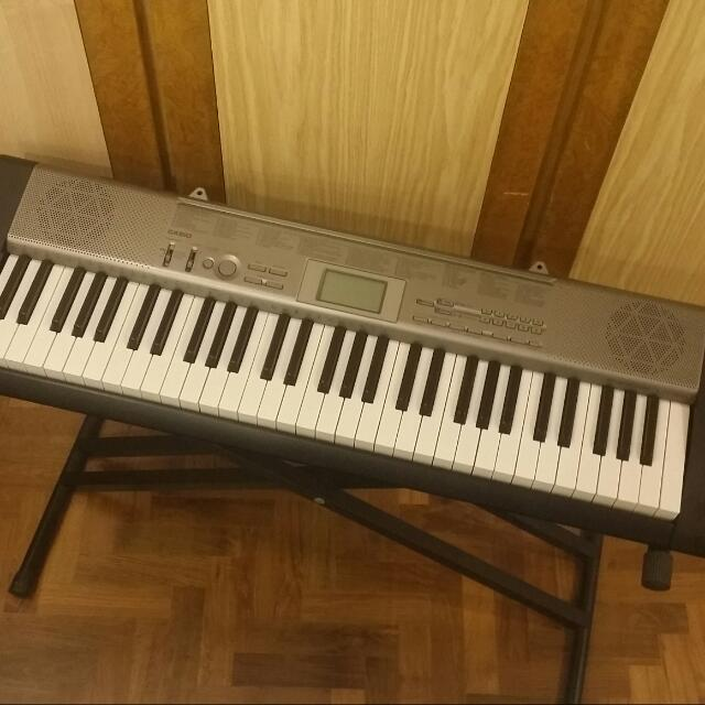 Great Condition Casio LK-120 Keyboard