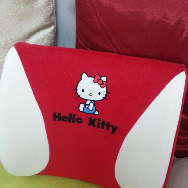 Hello Kitty 靠墊