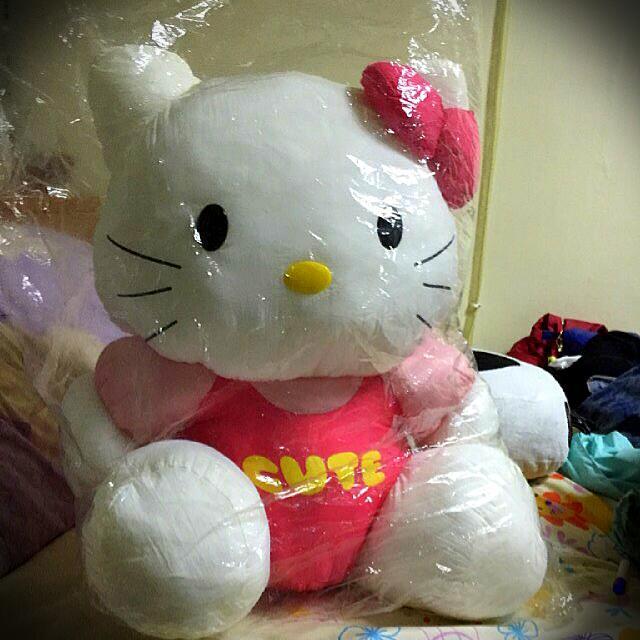 kitty 布娃娃