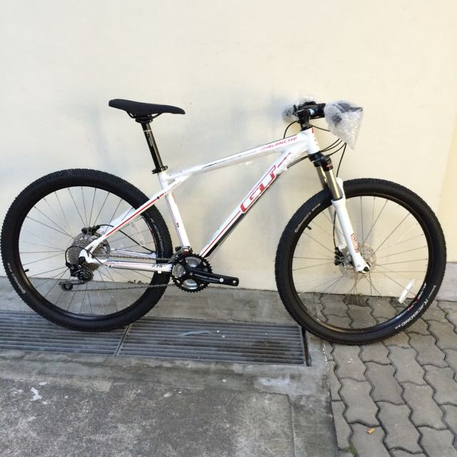 NEW: GT Avalanche Elite 27.5 Mountain Bike, Sports on Carousell