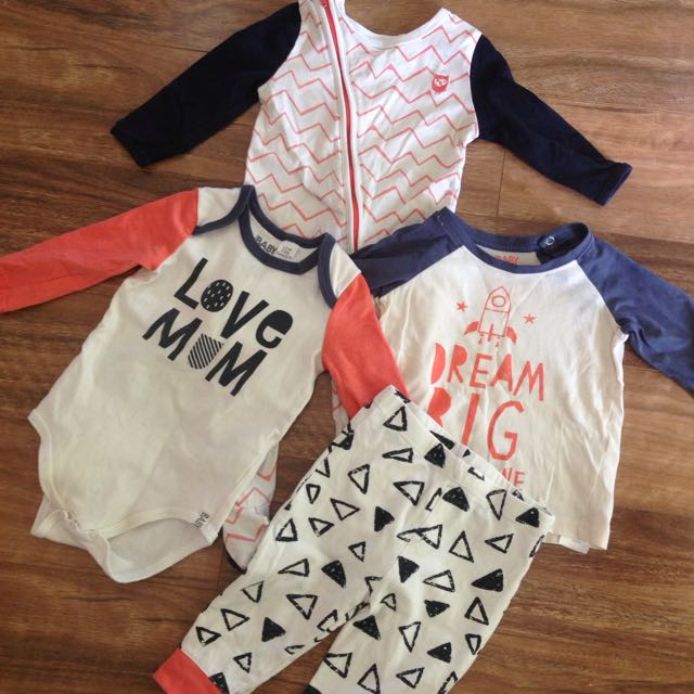 Sz 1 Boys Cotton On Baby Clothing Bundle