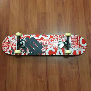 滑板(全新)全長大約80cm