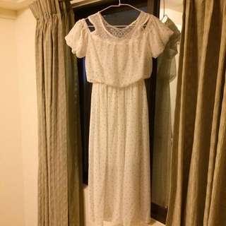 點點白色長洋裝