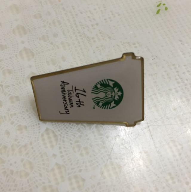 星巴克台灣16週年慶徽章(價可議)