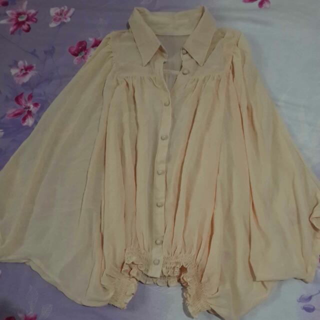粉杏色蝙蝠袖衣