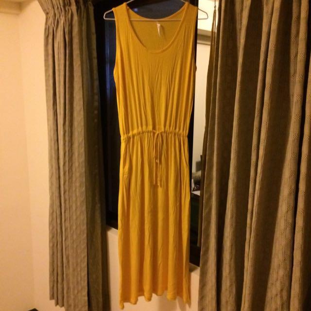 素色背心洋裝
