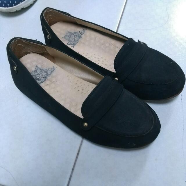 【二手】黑色平底休閒鞋