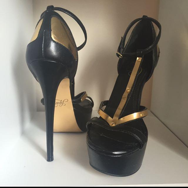 Black And Gold Lipstick Heels