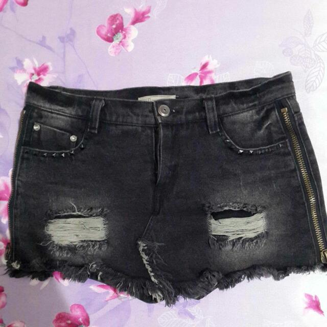FIFTY%個性黑褲裙(全新)