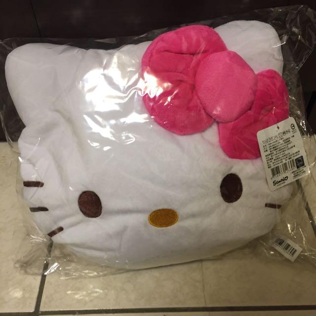 (全新)屈臣氏Hello Kitty甜心不累枕