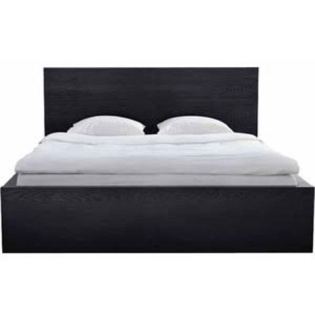 Malm IKEA Queen Bed (with Mattress, Mattress Topper & Slat Base)
