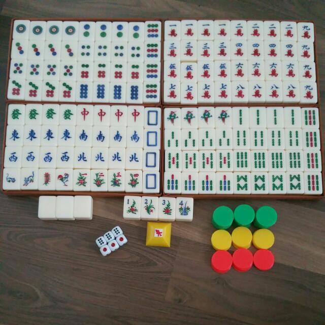 Old Mahjong Set