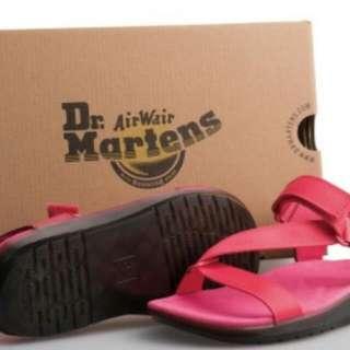 (代售)女-Dr Martens BALFOUR  Z字織帶輕量化(螢光粉紅)涼鞋