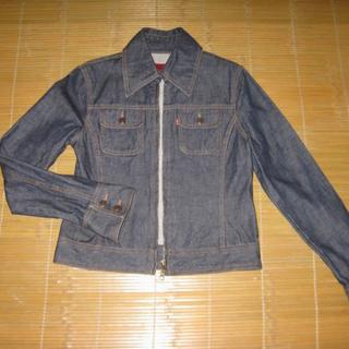 正版Levi's RED TAB深藍基本款窄版牛仔外套(女生版M號)