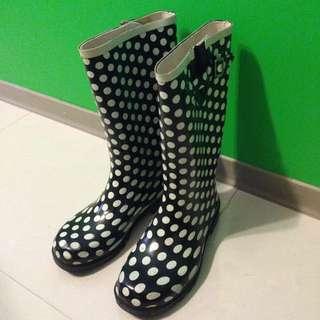 🚚 Steve Madden 黑白點點 靴子 雨鞋