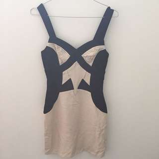 Ladakh Dress Size 6 Brand New With Tags