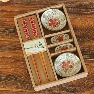 日式和風陶瓷碟竹木筷6件餐具精緻禮盒套裝