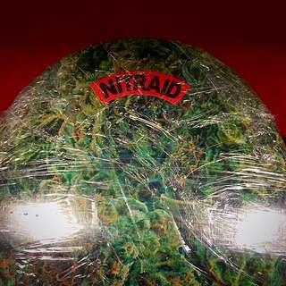 Nitraid SB 經典 日牌 滑板。特殊weed瑪麗裸版 一塊.