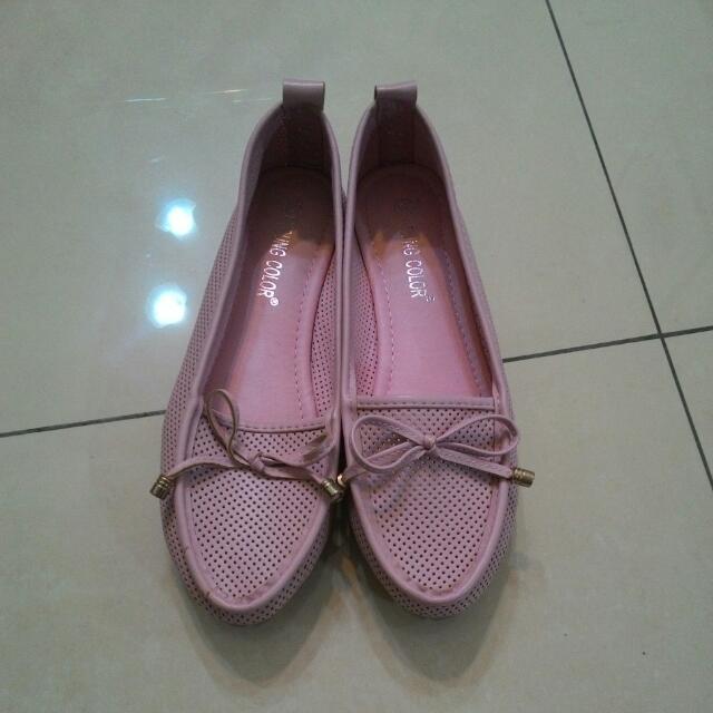 粉紅平底鞋
