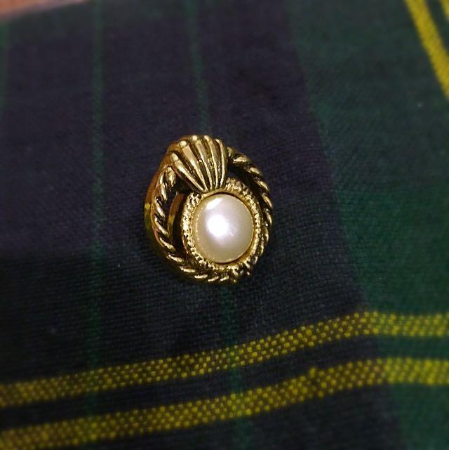 珍珠貝殼古典風金色氣質耳針耳環