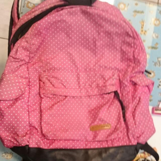 粉色水玉後背包