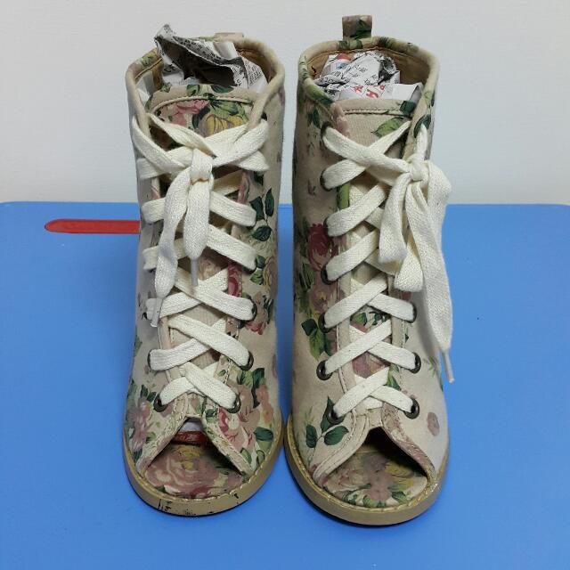 日本帶回 花柄綁繩魚口錐型木跟短靴