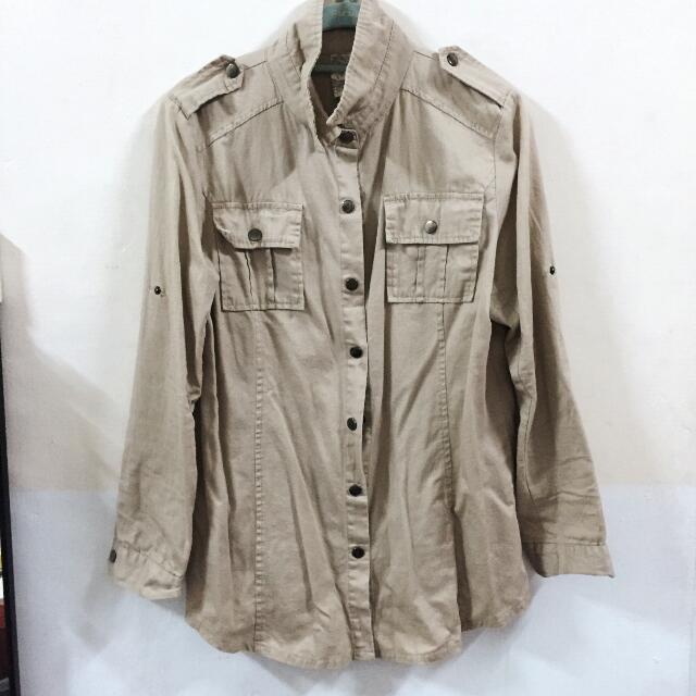 全新 卡其色百搭 風衣式襯衫 東區服飾店購入 韓國製