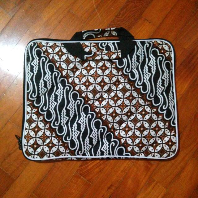 Batik Laptop Sleeve Bag