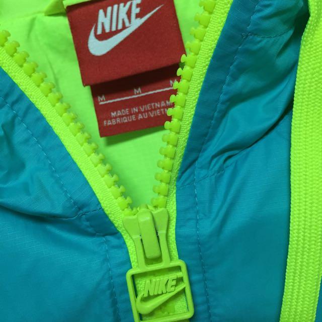 Nike 女生運動風衣外套 M號