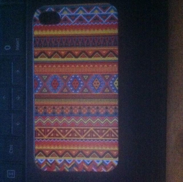 Tribal Print iPhone 4/4s Case
