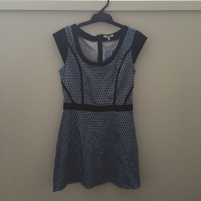 Valley girl Blue Triangle Dress