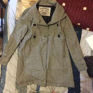 格子風衣外套
