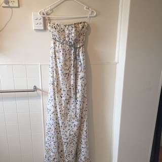 Pilgrim Size 8 Maxi Dress