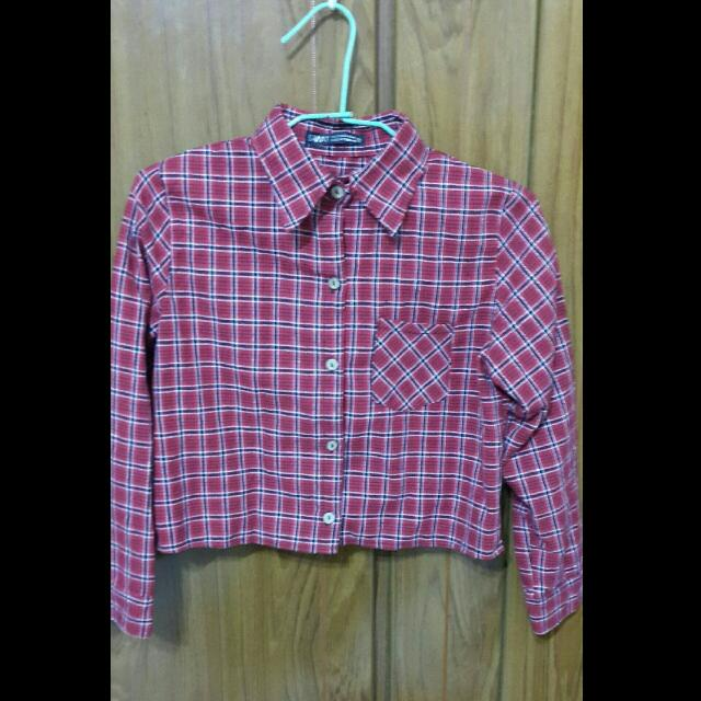 短版紅色格子襯衫