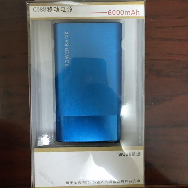 全新 行動電源6000ah搭配賣場手機一起帶更優惠