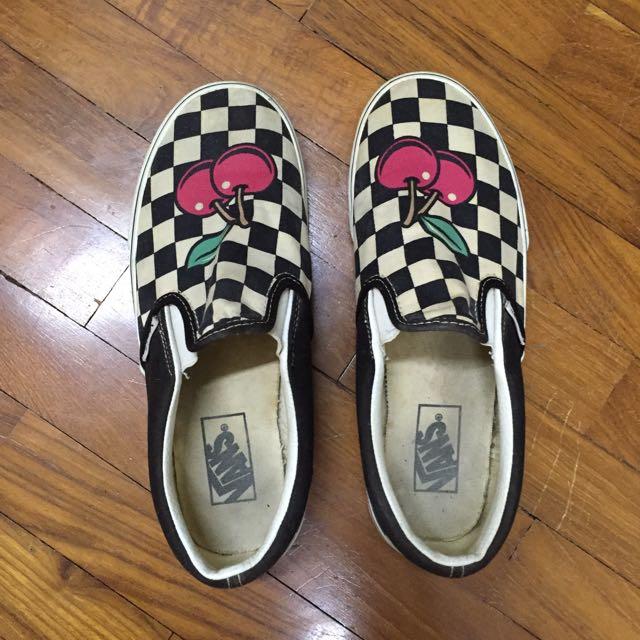 de1dff15d50 (R) Vans Cherry Checkered Slip-ons